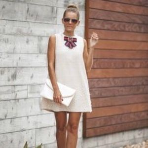 Adorable mini dress with pockets